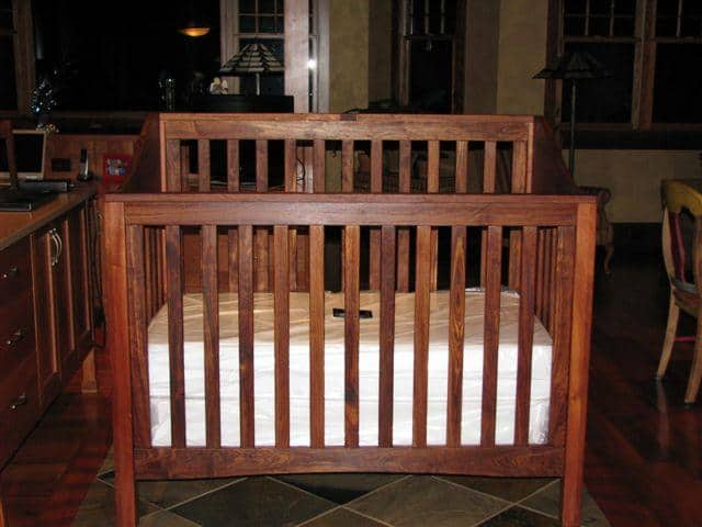 Caribbean Rosewood - Che Chen Crib