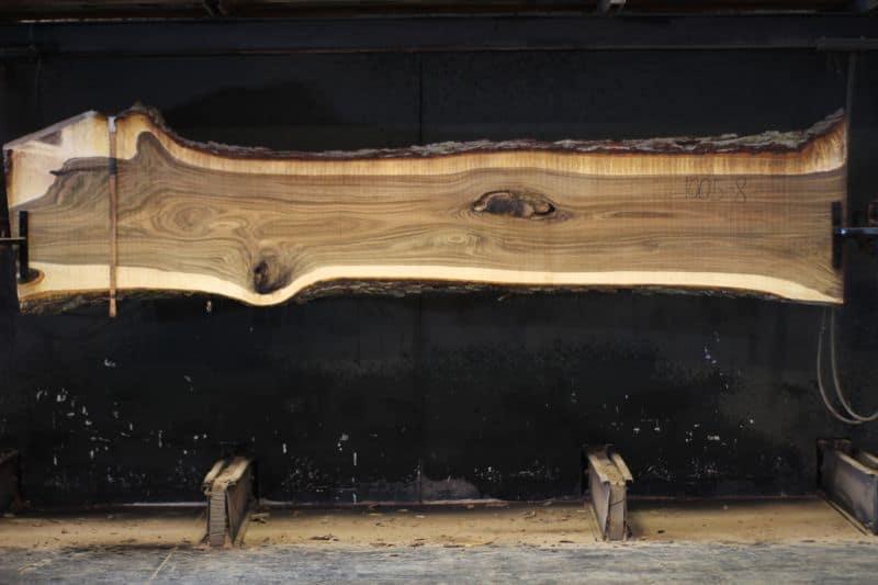 walnut slab 1005-8 rough size 2″ x 20-31″ avg. 23″ x 12′