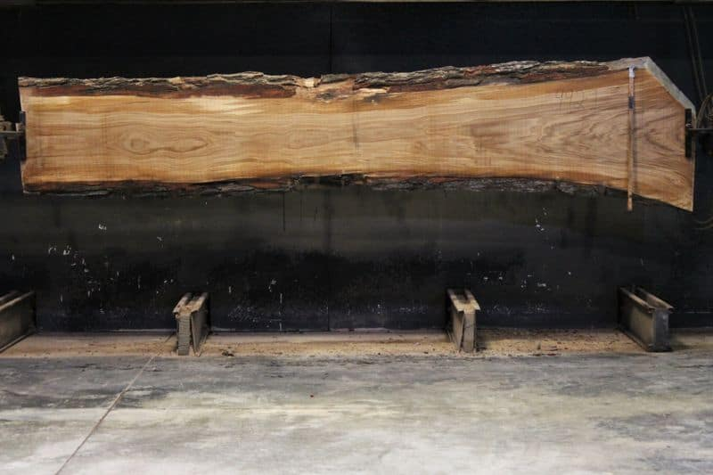 white oak slab 992-1, rough size 2.5″ x 19-32″ avg. 21″ x 13′ $700 SALE PENDING 21-8044