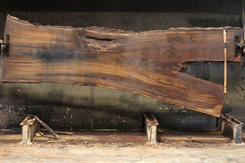walnut slab 1094-2 rough size 2.5″ x 30-50″ avg. 38″ x 10′ $1150